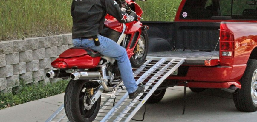 Smart Features of a Quality Motorcycle Loading Ramp